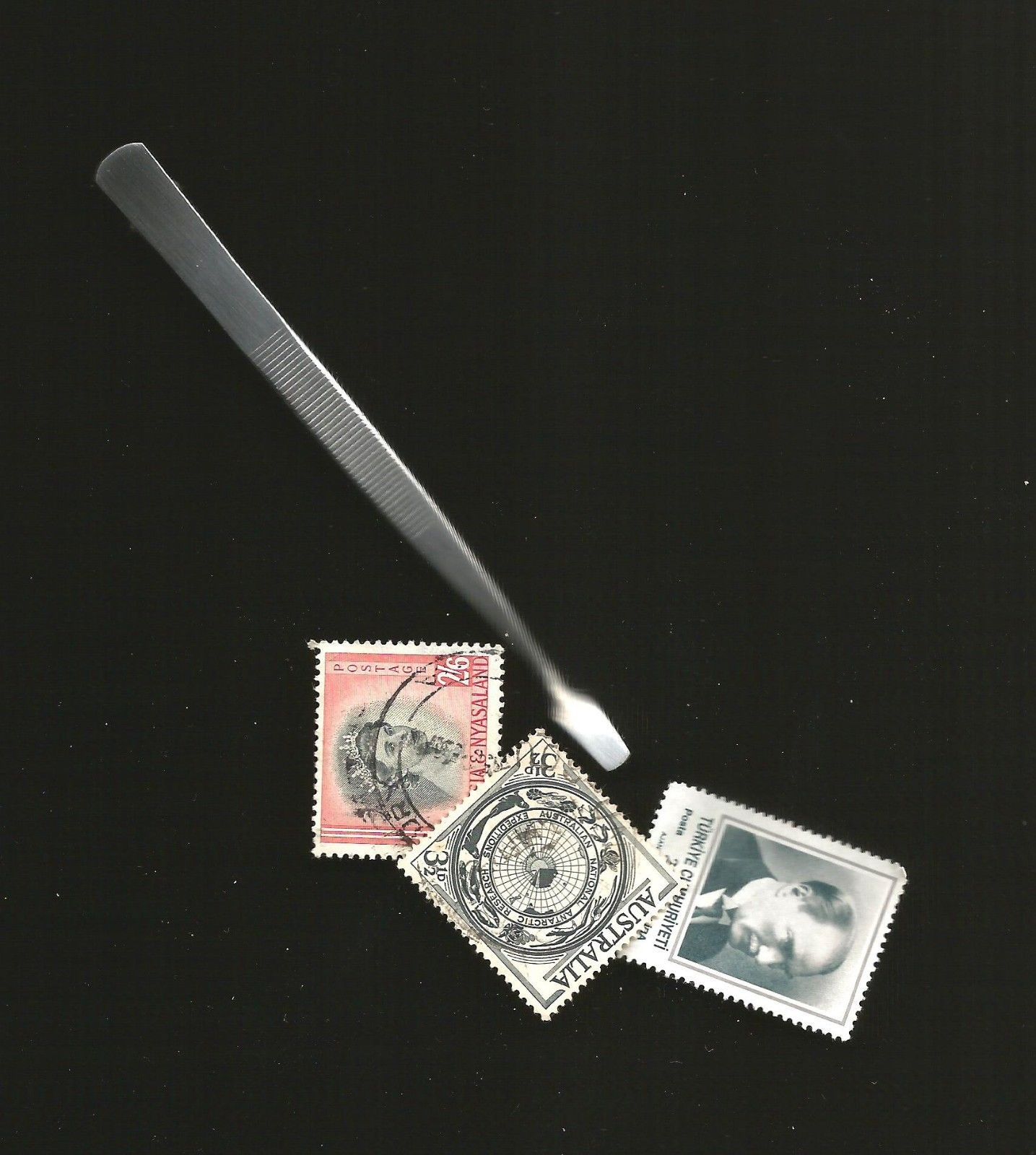 """WORLDPOSTAGESTAMPS"" BRAND PHILATELIC TWEEZERS SPADE END STAINLE"